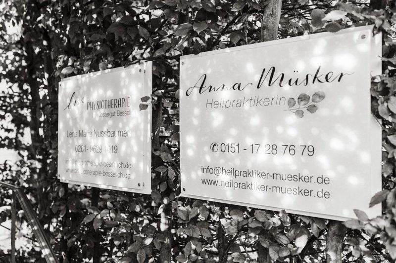 Heilpraktiker Anna Muesker Kloster Besselich Eingang